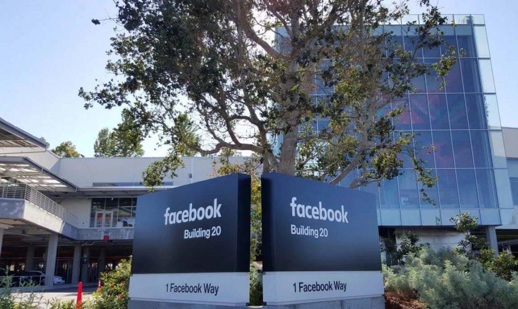 Сколько стоит компания Facebook